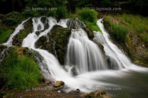 Снимки на водопади в България